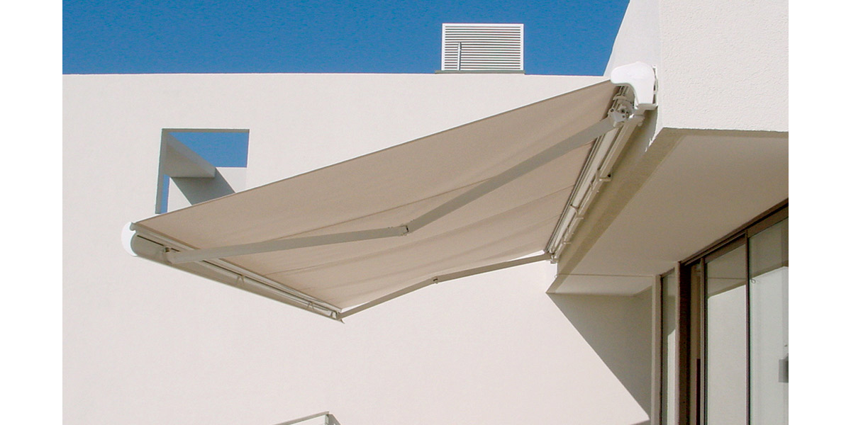 fabric-patio-awning